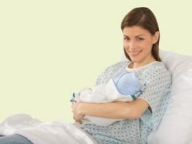 Сколько длятся выделения после родов?