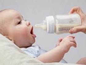 Стоит ли допаивать ребенка при грудном вскармливании?