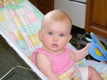 Ребенок в коляске 5 месяцев
