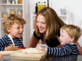 Как не ошибиться при выборе няни для ребёнка?