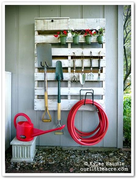 Хранение садовых принадлежностей
