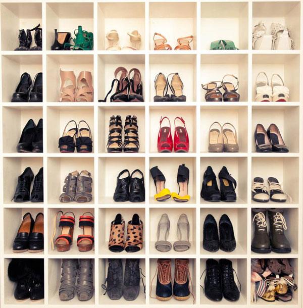 Открытый стеллаж для обуви