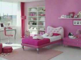 Розовый цвет в детской
