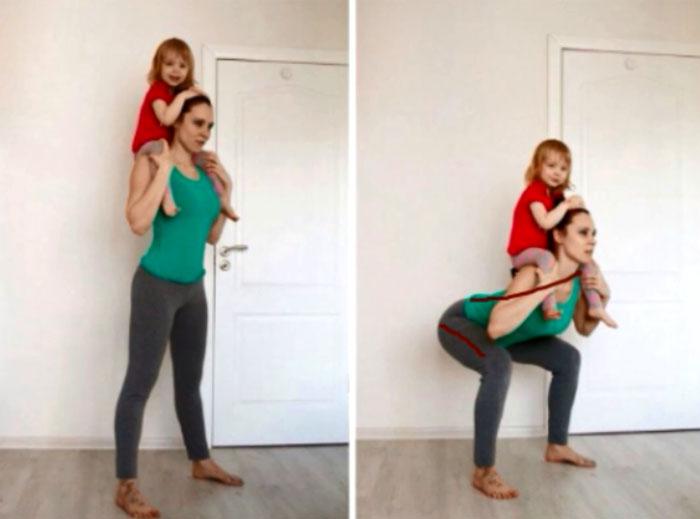 Приседания с ребенком