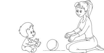 Игра в мяч с ребенком