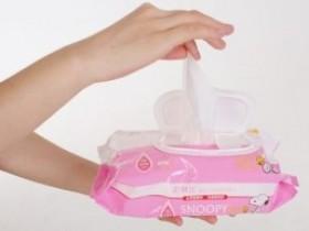 Детские влажные салфетки: как пользоваться?
