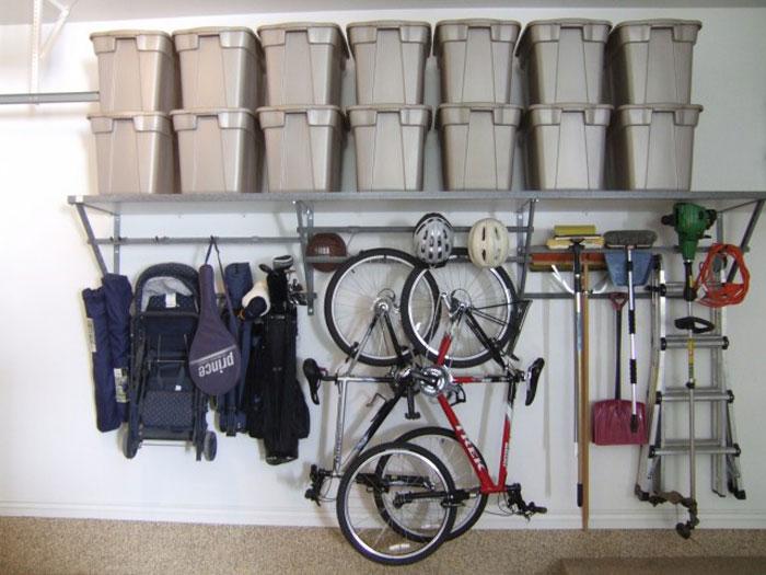 Хранение ненужных вещей и велосипедов в гараже