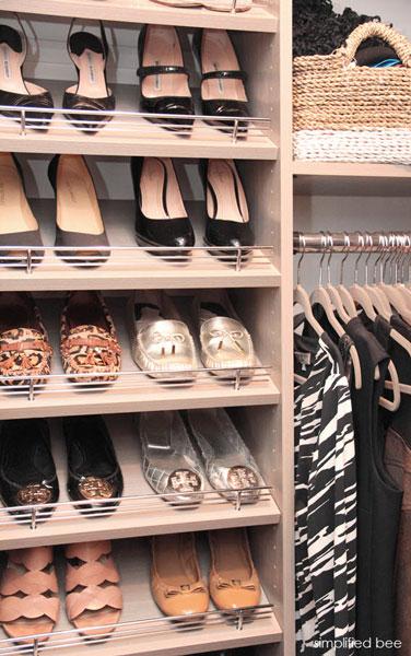 Полки для обуви в шкафу