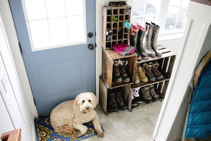 Как хранить обувь в прихожей