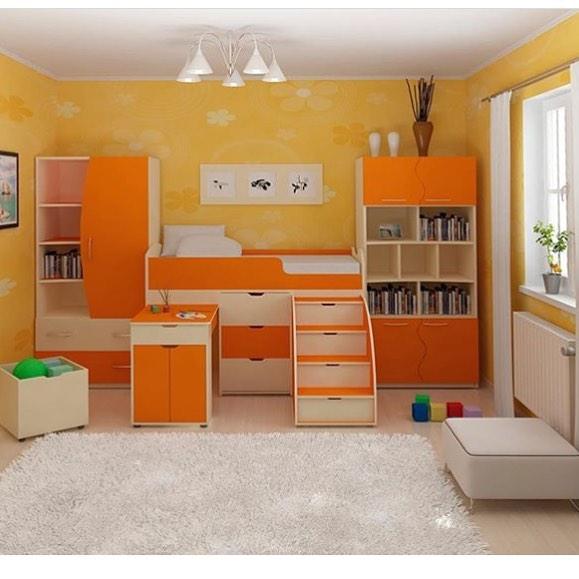 Оранжевое оформление детской комнаты
