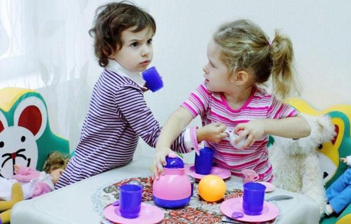 Дети не умеют играть вместе