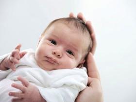 Послеродовой стресс для новорожденного малыша
